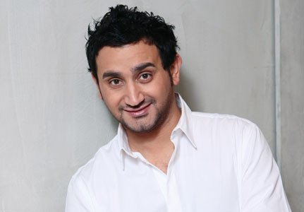 Cyril Hanouna !