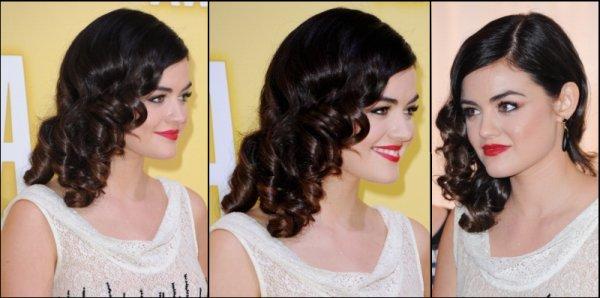 Le 01/11/12, Lucy Hale était présente à la cérémonie des CMA Awards qui récompense les stars de la music Country. Elle était sublime! Gros Top pour sa robe et sa coiffure.
