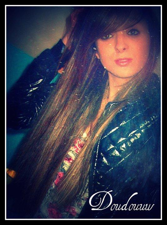 * L'amour a son instinct , il sait trouver le chemin du coeur (L)