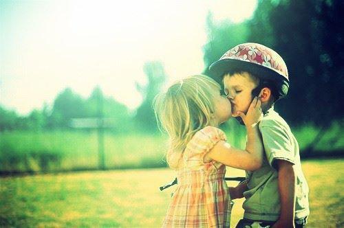 """On aimerait revenir à l'époque quand on était petit et qu'on pouvait dire """"tu veux être mon amoureux?"""" (l)."""