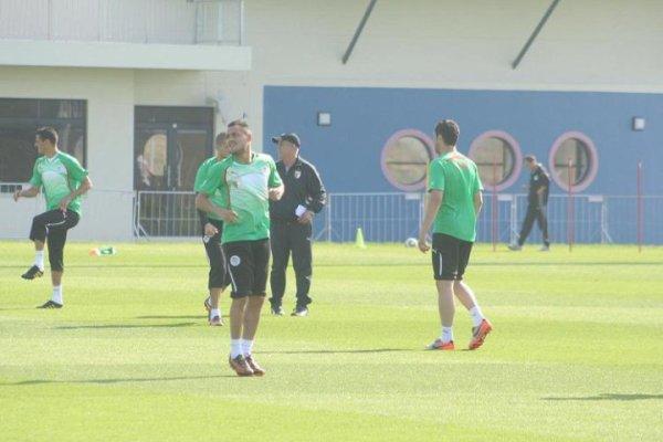 match algerie slovenie 2010 13 juin 2010 l'ancien meneur de jeu de l'équipe de france zinedine zidane était dimanche dans les tribunes du stade peter mokaba de polokwane pour le match algérie- slovénie comptant pour le mondial-2010 (groupe c), a constaté un journaliste de l'afpzidane.