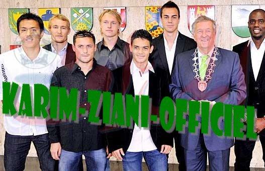 Karim Ziani ( Moi et les joueurs Mondialiste de  vfl wolfsburg Avec notre President de club Mr : Lothar Sander )