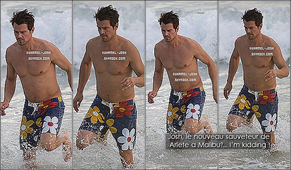 *01/01/11: Josh Duhamel a été vu se baignant - seul, enfin avec sa casquette chérie - sur la plage de St Barts. Ceci est un article flashback où notre beau Josh était sur la plage de St Barts torse nu et portant un maillot de bain avec des fleur en motif. *