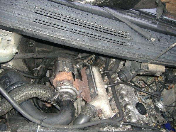 voi i le moteur du renault espace turbo diesel de 2 l1 le m me moteur que la renault 25 turbo. Black Bedroom Furniture Sets. Home Design Ideas