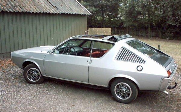 pas aussi la renault 17 gordini phase2  c'est une trés belle voiture