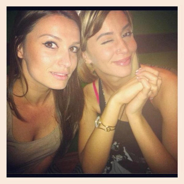 Duffye with her cousine :)