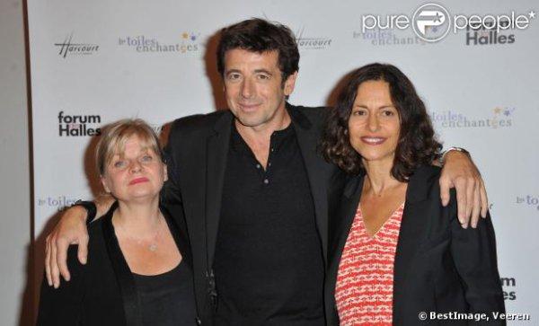 Gisèle Tsobanian, directrice de l'association Les Toiles Enchantées, entourée de Patrick Bruel et Isabella Nanty