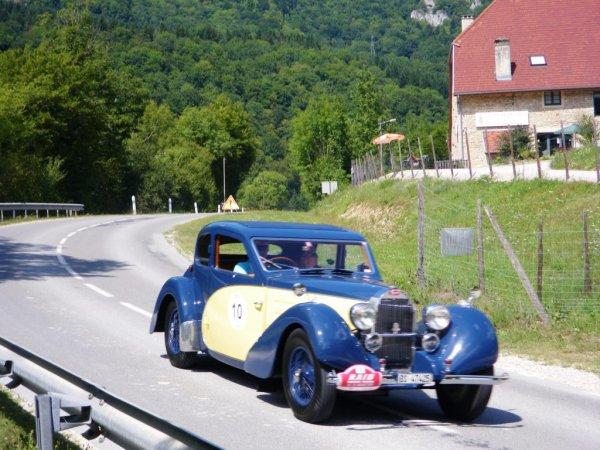 Rallye de véhicules de collection