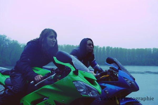 Shooting avec des motos :)