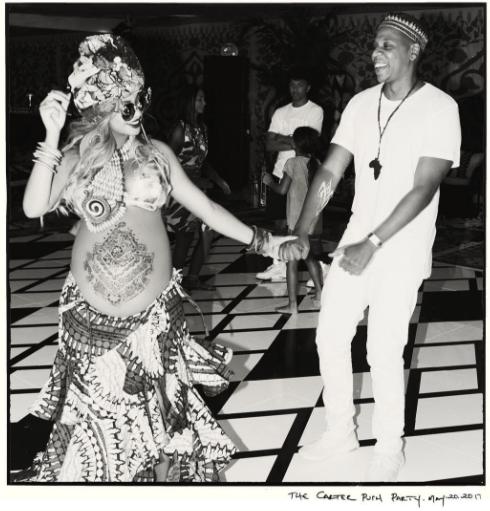 Beyonce est très enceinte des jumeaux