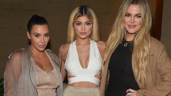 CONFIRMER : Les Kardashian 3 bébés en même temps