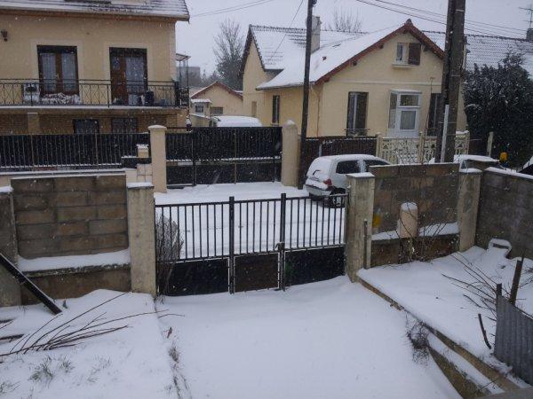 gouss sous la neige hihi