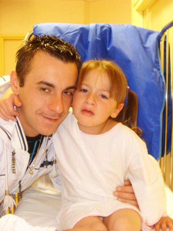 moi et ma fille le jour de son opération