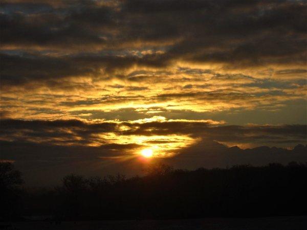 Ciel des Alpes....magique lève de Soleil....