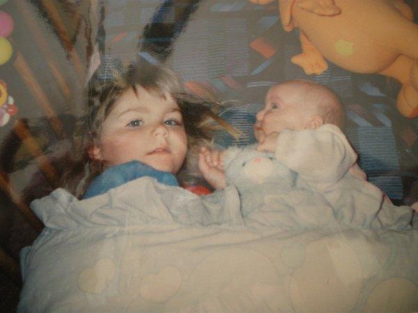Tout commença un Certain 10 Avril 1995 ; Un jour une petite soeur ; pour Toujours dans mon Coeur <3