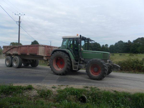 transport de dalles cassées 2013 par S A R L Coué Crété