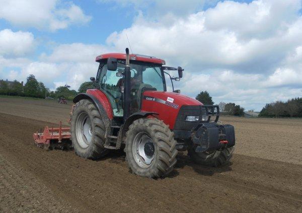 Préparation des terres à maïs 2014 | Passage rotalabour