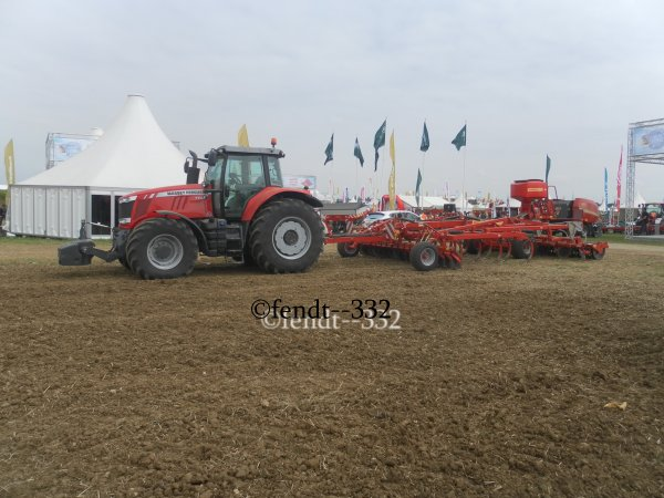 Innov'agri 2014 stand Vicon