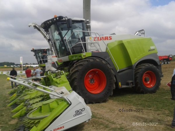 Innov'agri 2014 stand CLAAS