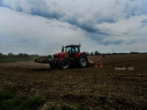 préparations des terres et semis de maïs 2015