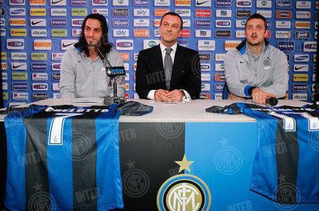 Schelotto (Atalanta) et Kuzmanovic (Stuttgart) à l'Inter