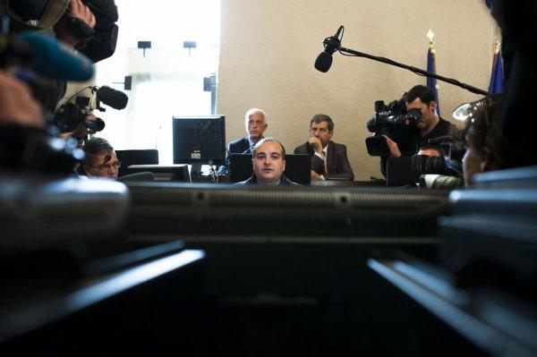 Extrême droite  Journaux régionaux : le FN arrache la page