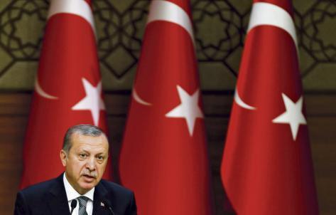 Erdogan s'en prend au monde entier