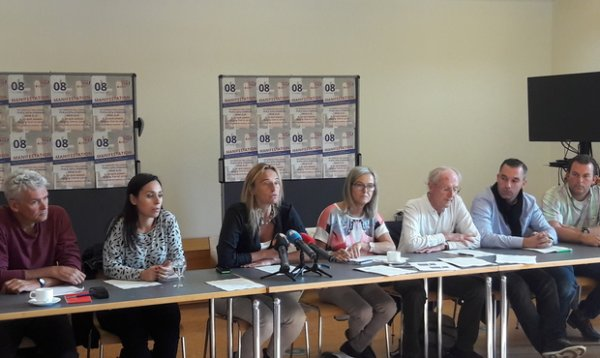 Plateforme Stop TTIP et CETA  La commission parlementaire informée un jour avant le vote