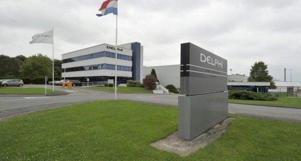 Delphi Automotive dégraisse moins que prévu