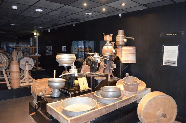 Mais le musée du Hameau du fromage nous ravira
