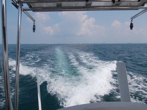 Et nous prenons de nouveau la mer ...