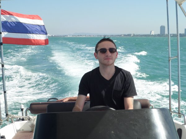 Le lendemain, on prend la mer