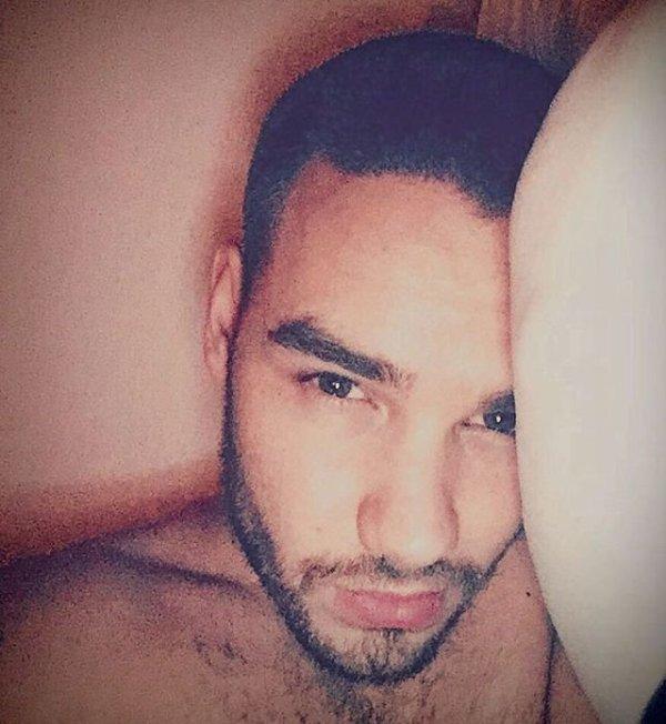 Découvre la dernière photo instagram du beau Liam, très peu actif mais sa fait toujours plaisir.