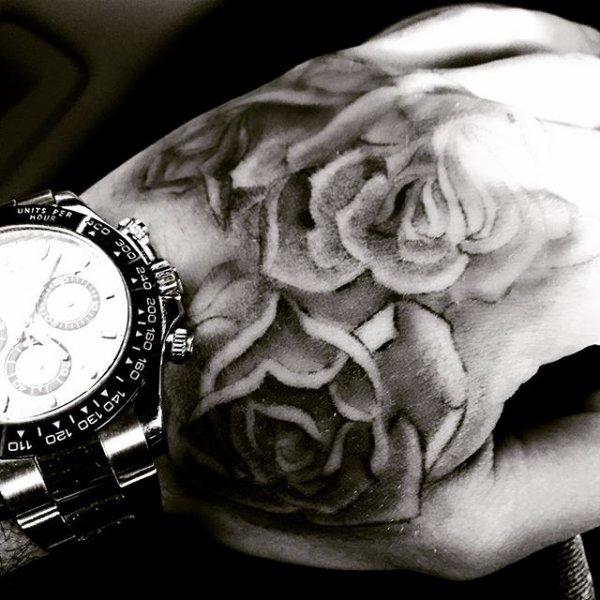 Le 23 janvier , le beau Liam nous fait découvrir son tout nouveau tattoo
