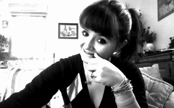 c'est grace a toi que je souri ;)