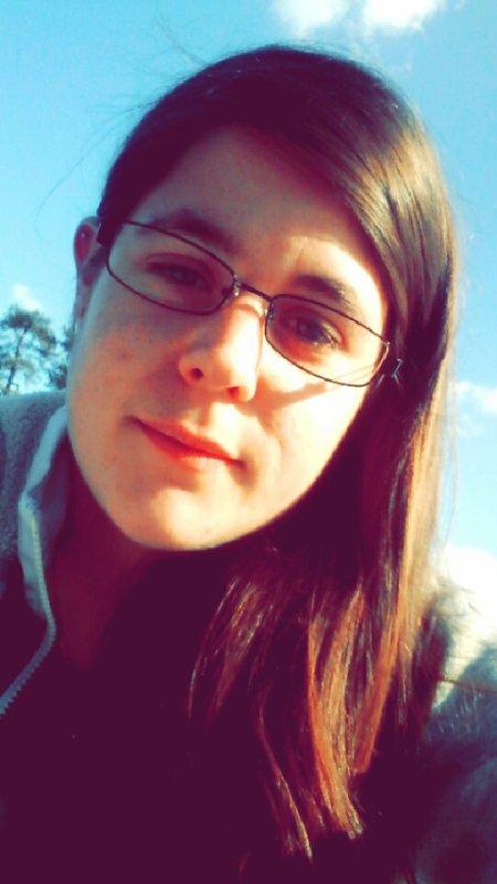 L'amour sa fait mal, faut savoir se révéler donc toujours garder le moral et surtout le sourire 😉