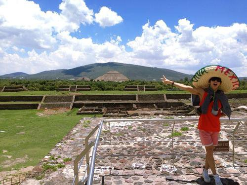 UKISS au mexique & Teotihuacan