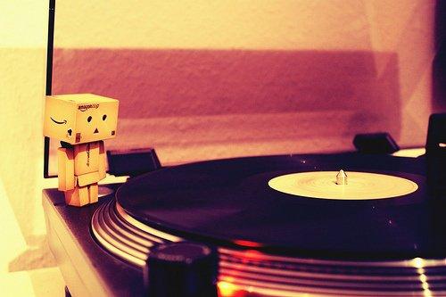 Danbo fait de la musique