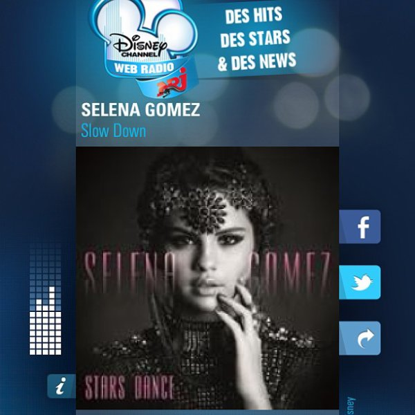 Photos personelles poster sur son Intagram ! + Photo De Come And Get It et Slow Down sur les radios NRJ il y a quelques minutes !
