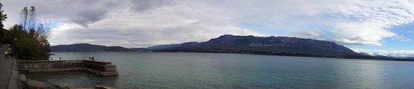Aperçu d'un coté du lac du Bourget ...