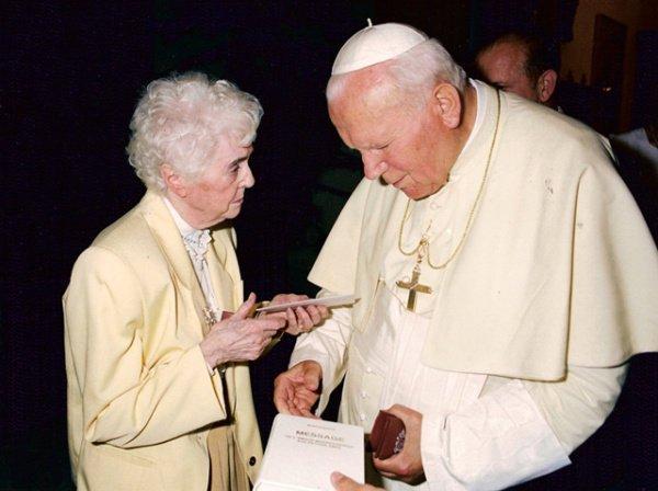 """JESUS NOUS PARLE, EN PASSANT PAR MARGUERITE....MESSAGE DU 18 MAI 1977 (MESSAGERE DES PETITES AMES) """"QU'ONT-ILS FAIT DE MA MERE ?"""""""