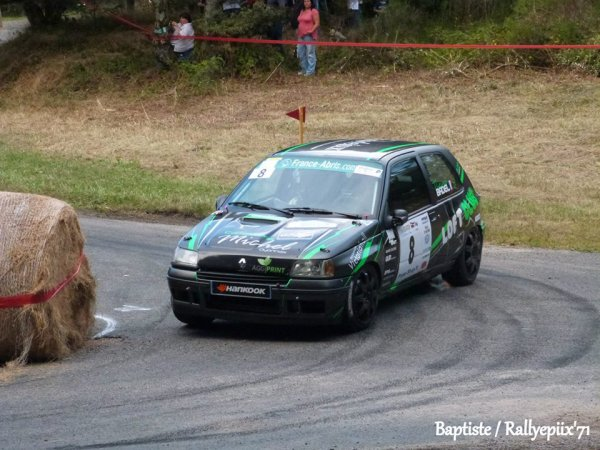 Première en Clio R3 pour Martin (Autun 2013)