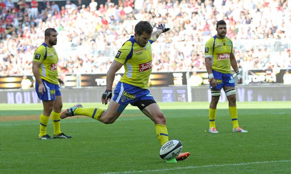 Clermont rejoint le Stade français en finale après sa victoire sur Toulouse (18-14)