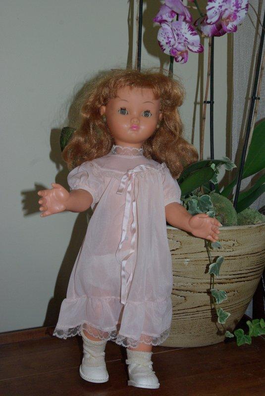 la garde robe de Nina de Bella