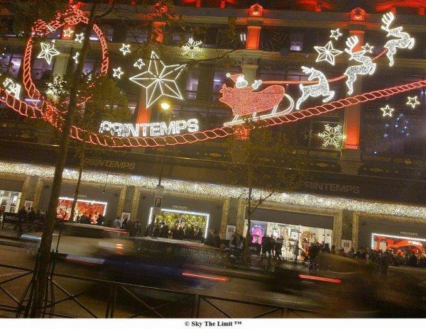 Luminaire Noël Printemps Paris