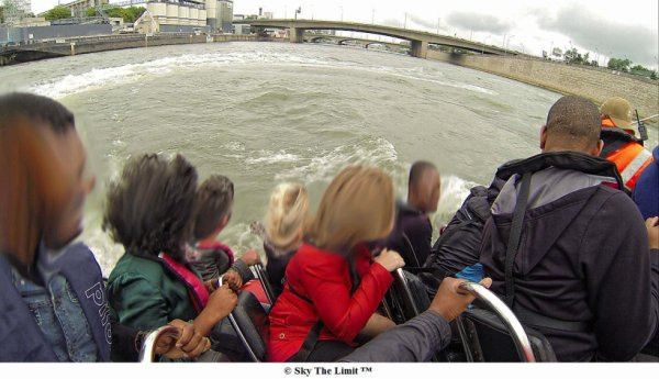 Speed boat paris sur la seine