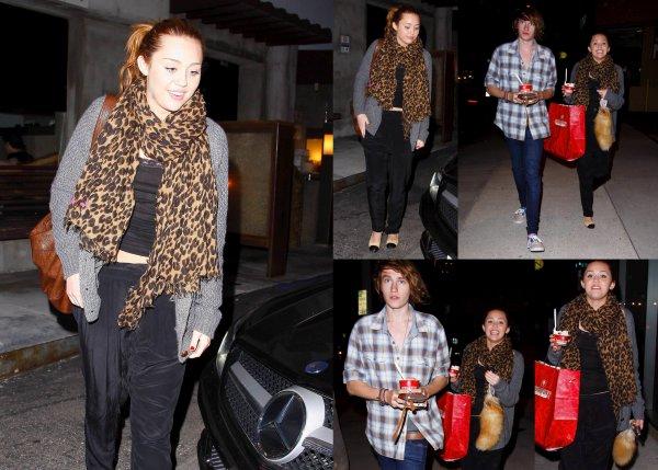 . .» Miley Cyrus ce 29 mars .  Plutôt TOP ou FLOP ?  ..
