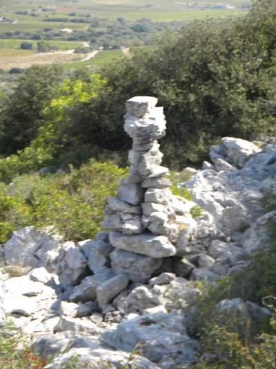 "Les ""Cairns"" du Massif de la Gardiole"