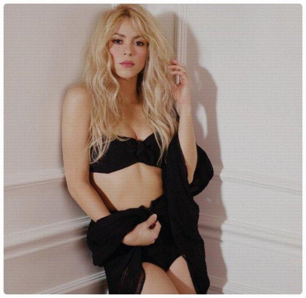 Shakira fait de ses formes un atout et même une source d'inspiration pour les jeunes filles en manque de confiance