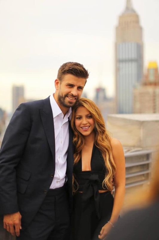 Shakira et Piqué se câline tout le temps et n'importe où !!!